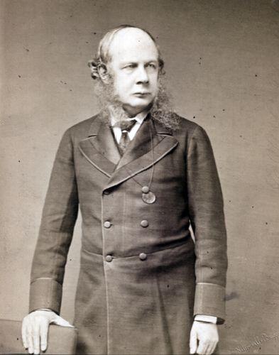 Sir Henry James Sumner Maine